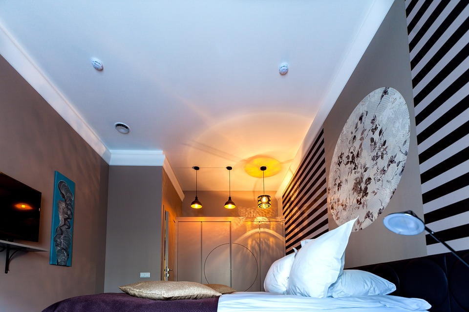 Ways to Light up Your Bedroom - 2