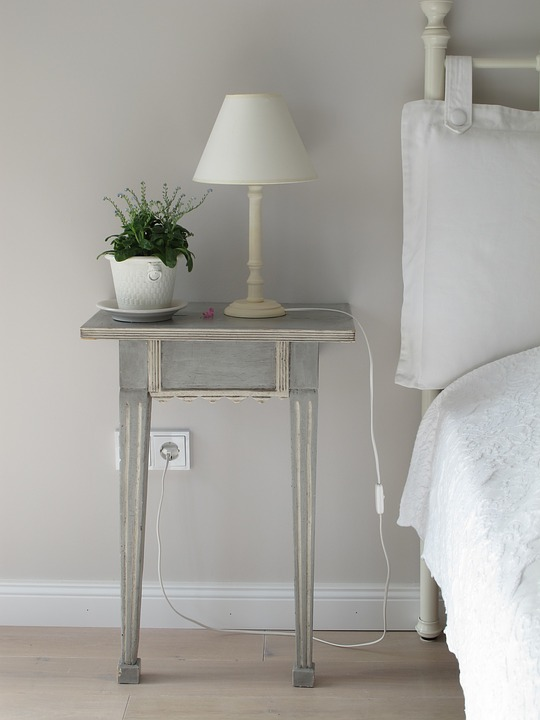 Ways to Light up Your Bedroom - 3