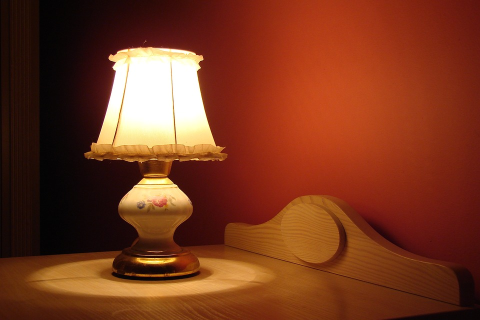 Ways to Light up Your Bedroom - 4