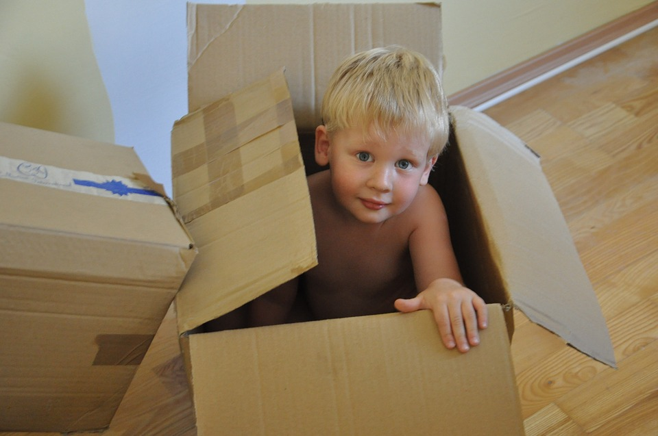 Box Moving To Game Child Kid Boy Package Gift