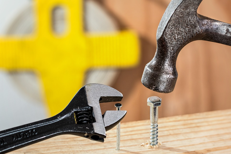 5 Home Maintenance Tips - The tools needed